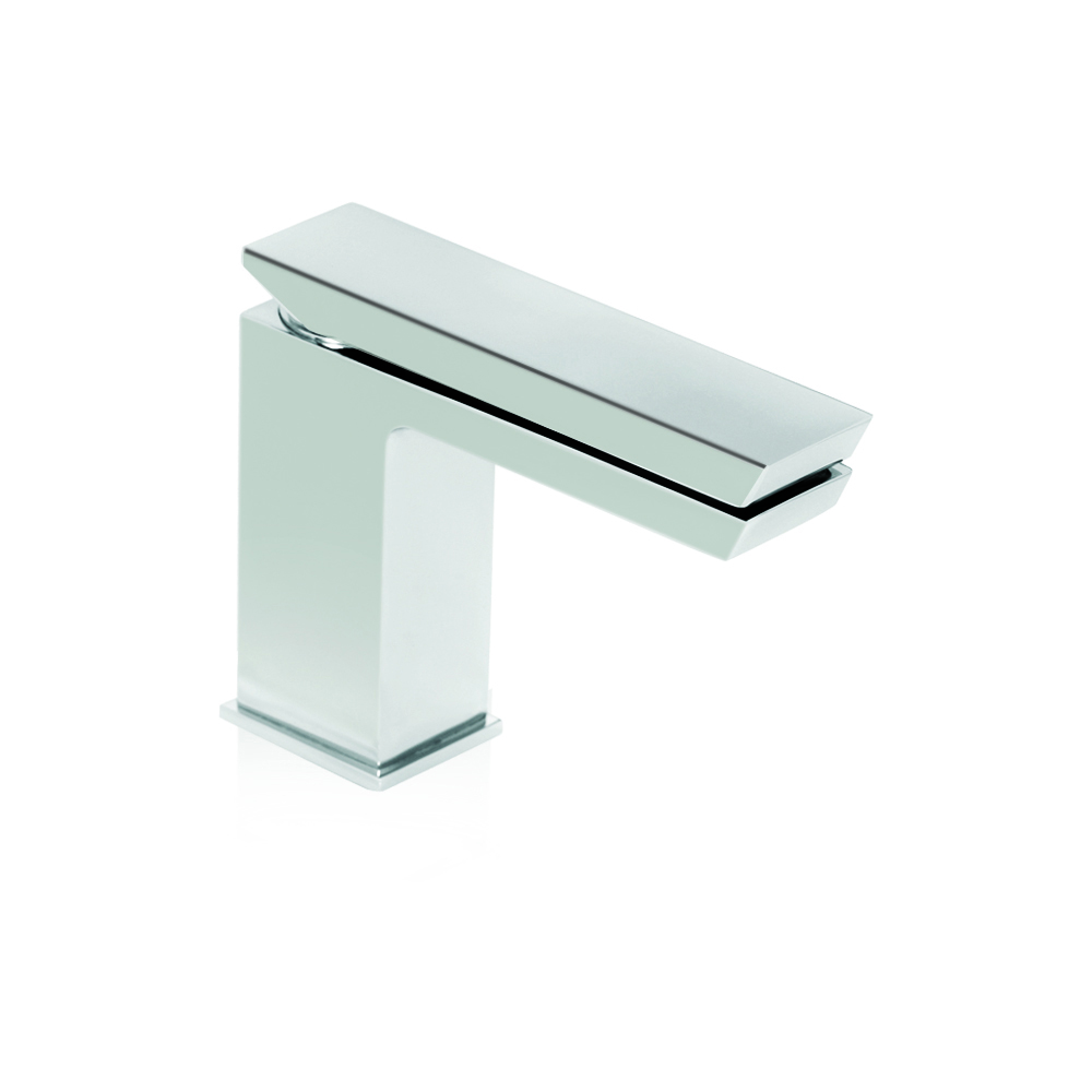 Single-handle bathroom faucet with CLICK-CLACK waste